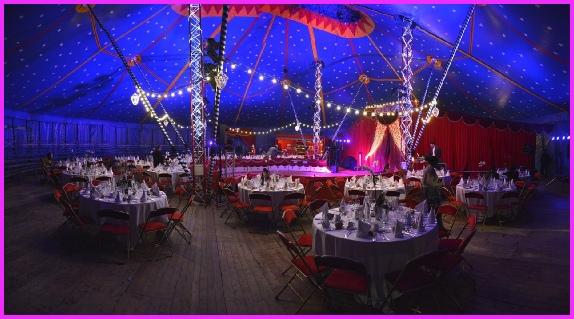 location de chapiteau de cirque pour mariage lieu original. Black Bedroom Furniture Sets. Home Design Ideas